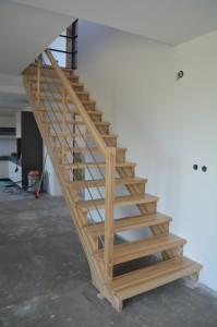 schody_100
