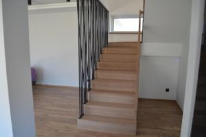 schody_200